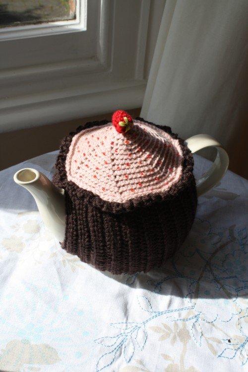 Free Pattern Cupcake Teacosy Emma Varnams Blog