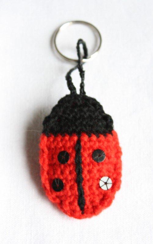 Free Pattern - Ladybird Keyring   Emma Varnams blog