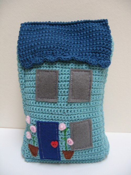 Free Crochet Cat Doorstop Patterns : Doorstops - a perfect crochet project Emma Varnams blog