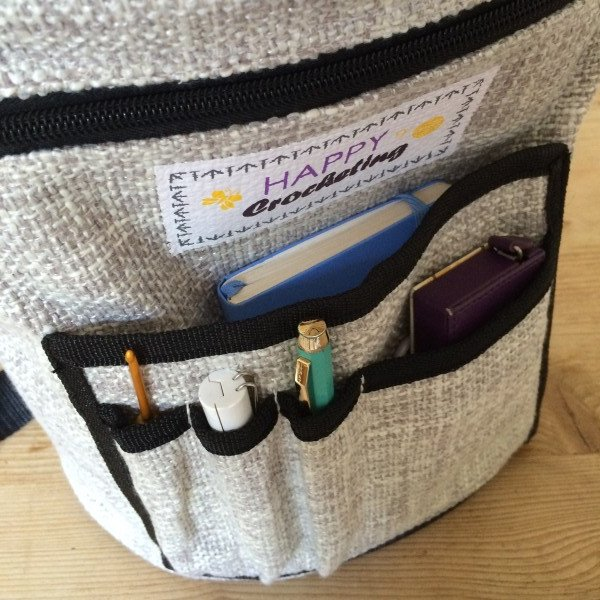 happy-crochet-projecet-bag