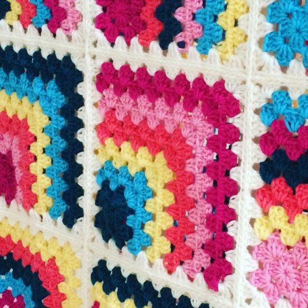 mietred blanket-colourful- Emma- Varnam