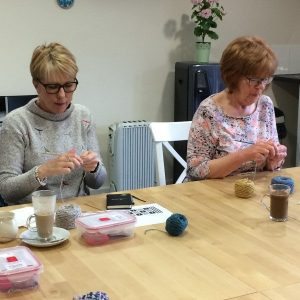 steeking-juliet-bernard-workshop-knitting