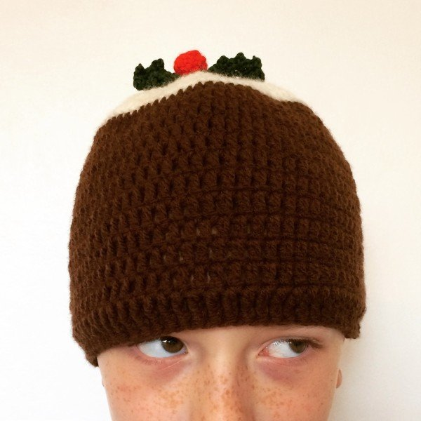 christmas-pudding-hat-emma-varnam