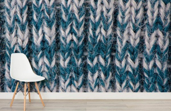 blue-white-heavy-knit-textures-room-820x532