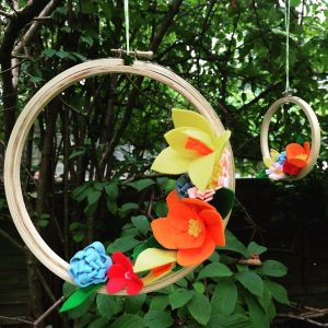 emma-varnam-felt-flowers