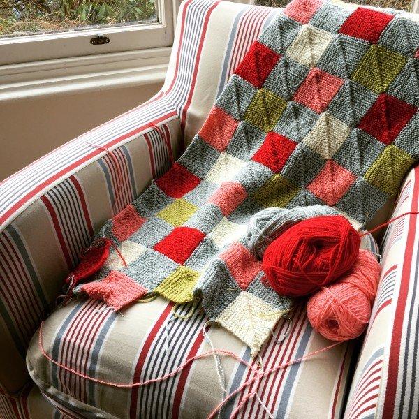 miter-squre-blanket-emma-varnam