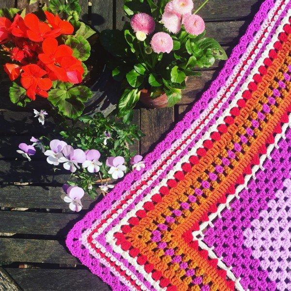 emma-varnam-garden-shawl