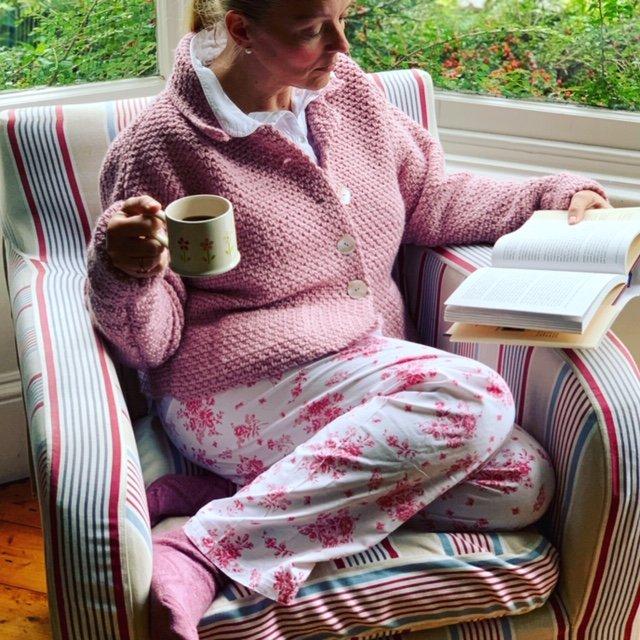 emma-varnam-pink-linen-jacket