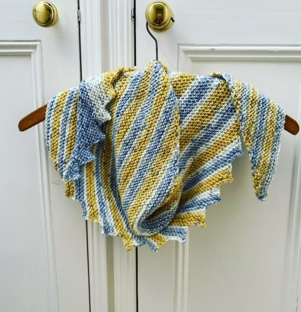 emma-varnam-hitchhiker-scarf-bambino-print