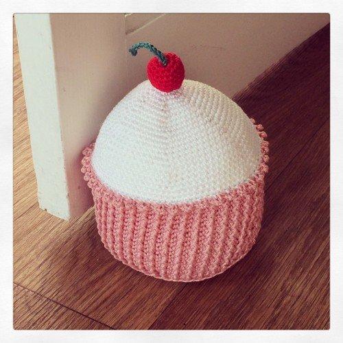 Cupcake doorstop3